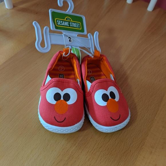 aee11de899dc3 Elmo Baby Canvas Slip on Sneaker NWT NWT
